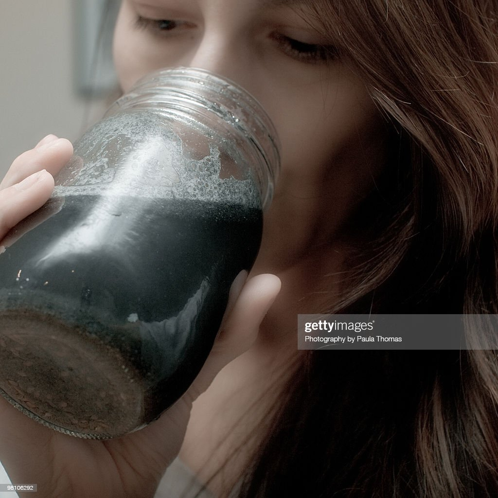 Drinking to cleanse colon : Foto de stock