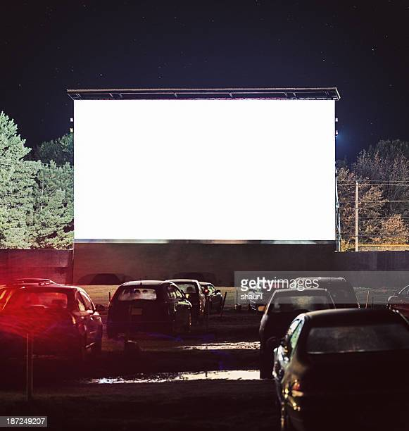 drive in movie - projection screen stock pictures, royalty-free photos & images