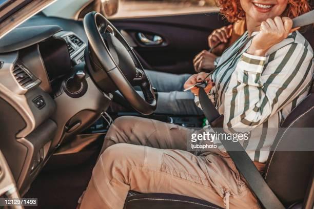 安全運転 - バックル ストックフォトと画像