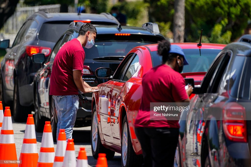 A Drive Through Covid 19 Testing Center In The Parking Lot Of The News Photo Getty Images