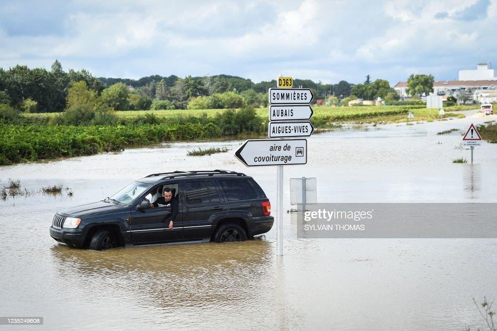 FRANCE-WEATHER-FLOOD : News Photo