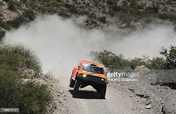 US driver Robby Gordon steers his Hummer during the Stage 3 of the 2012 Dakar between San Rafael Mendoza province and San Juan San Juan province...