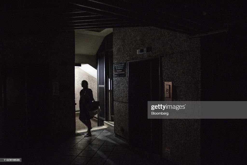 VEN: Power Outage Hits Caracas, Other Major Venezuelan Cities