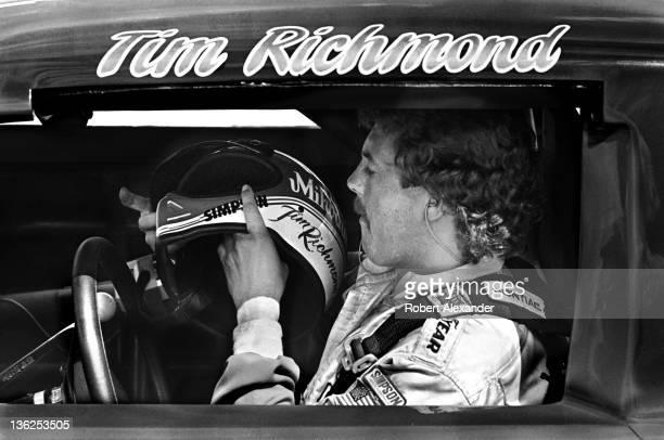 NASCAR driver Tim Richmond prepares for the start of the 1984 Daytona 500 on February 19 1984 at the Daytona International Speedway in Daytona Beach...