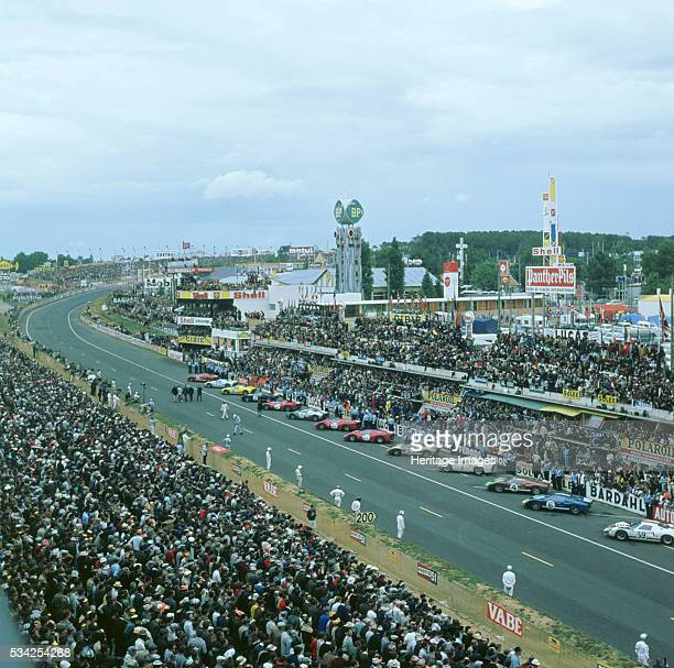 Drivers prepare for the start of the 1966Le Mans 24 hours race 2000