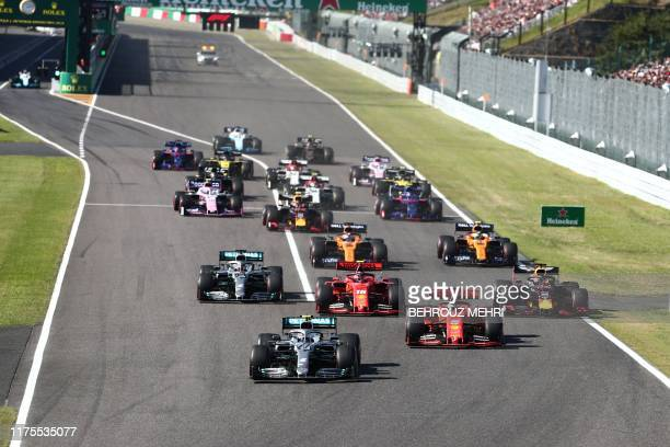 Drivers take part in the start of the Formula One Japanese Grand Prix final at Suzuka on October 13 2019