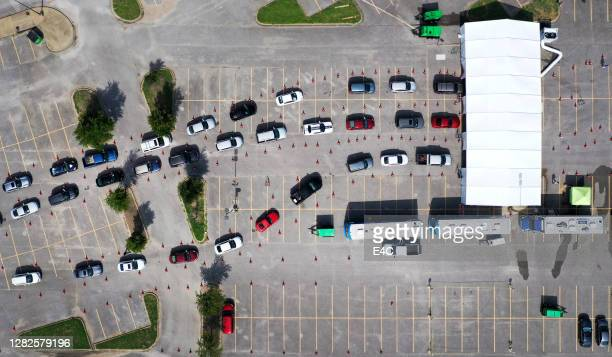 drive-through covid testing in dallas, tx - drive through stock pictures, royalty-free photos & images