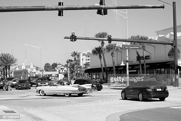driving a classic car in daytona beach florida - 1950 1959 stock pictures, royalty-free photos & images