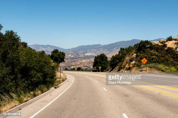driving along a highway in santa barbara, usa - claire plumridge stock pictures, royalty-free photos & images
