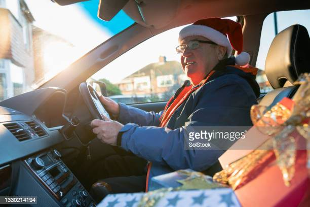 driving home for christmas with family - driving stock pictures, royalty-free photos & images