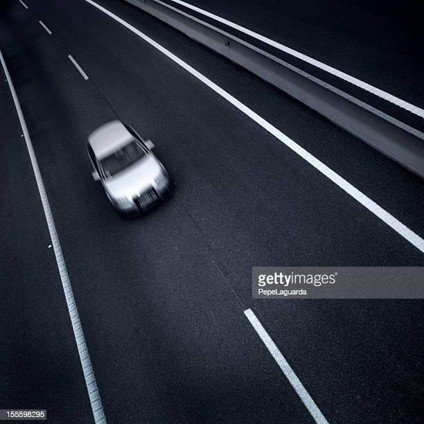 Autofahren in eine einsame road