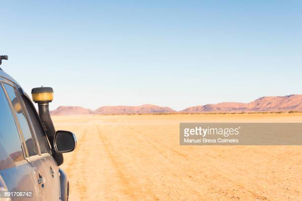 driving in the desert - rally car racing stock pictures, royalty-free photos & images