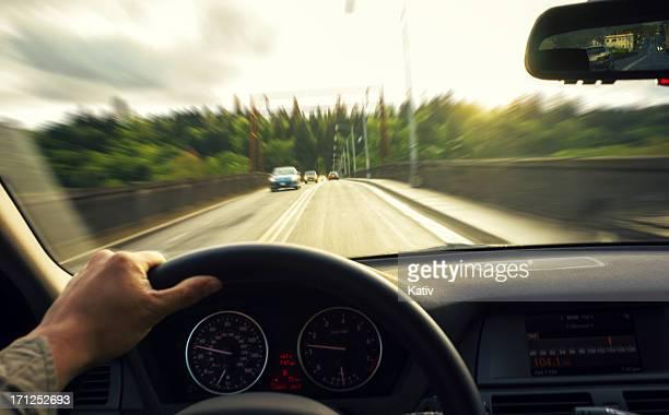 車を、橋 - 取っ手 ストックフォトと画像