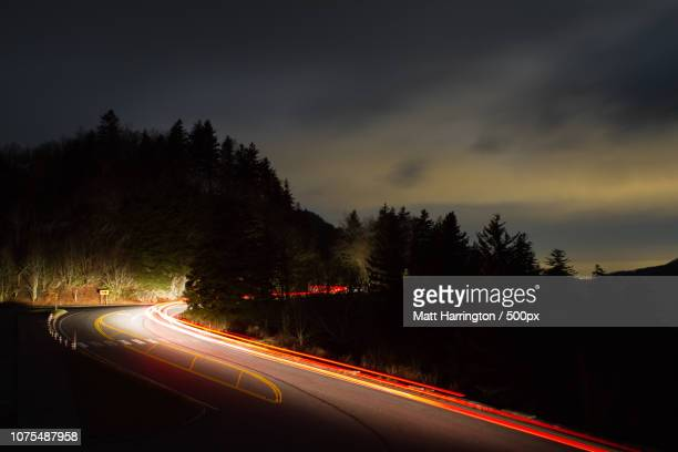 driving to newfound gap - newfound gap stock pictures, royalty-free photos & images