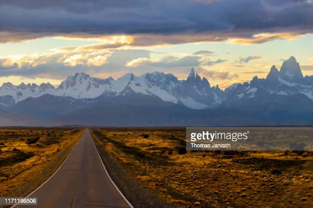 driving towards mount fitz roy, patagonia, argentina - chalten stock pictures, royalty-free photos & images
