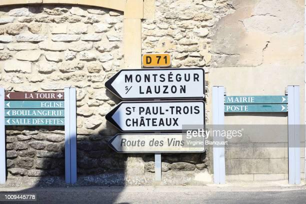 drome, provence, france. july 2018. roads sign in drome provencale. - signalisation photos et images de collection