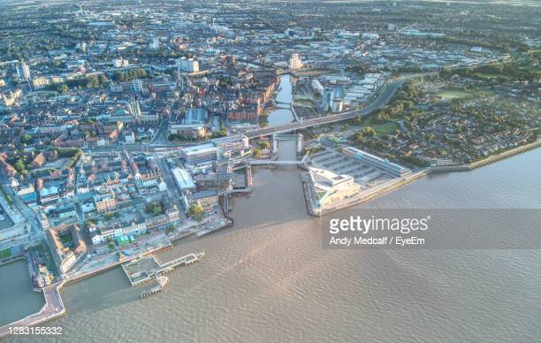 drone aerial photo of kingston-upon-hull, uk - kingston upon hull stock pictures, royalty-free photos & images