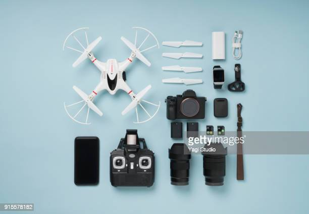 drone shooting item knolling style - camera photographic equipment stock pictures, royalty-free photos & images