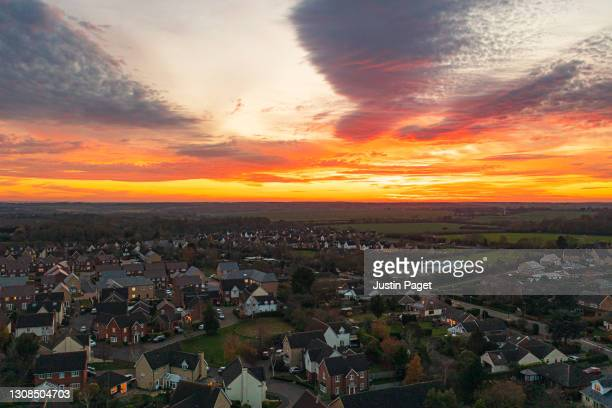 drone view of modern housing development in the uk - house stock pictures, royalty-free photos & images