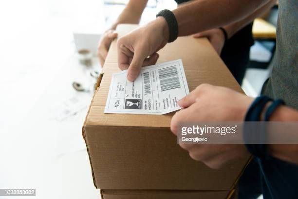 dropshipping company - labeling stock pictures, royalty-free photos & images