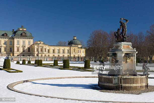 drottningholm palace in snow - royal palace oslo stock pictures, royalty-free photos & images
