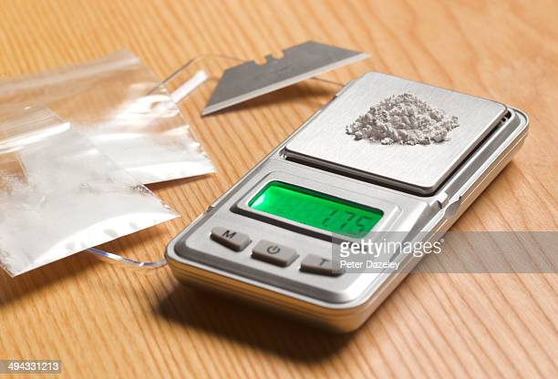 drug dealing paraphernalia - amphetamine stock pictures, royalty-free photos & images