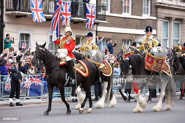 drum horses for the queen's diamond jubilee state procession - household cavalry stock pictures, royalty-free photos & images