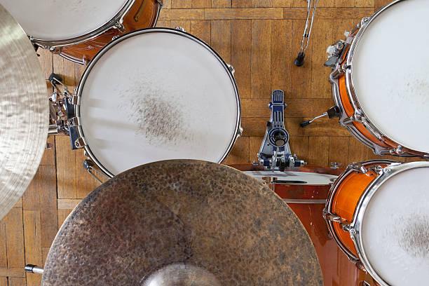 Drum kit arrangement
