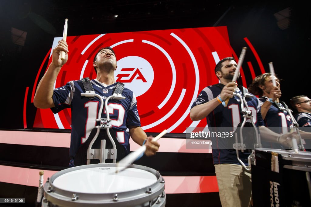 A drumline performs before the start of the Electronic Arts Inc. (EA) Play event ahead of the E3 Electronic Entertainment Expo in Los Angeles, California, U.S., on Saturday, June 10, 2017. EA revealed two new titles along with the annual iterations of the company's sports games, as well as unveiling the highly anticipated 'Star Wars: Battlefront II' open-world multiplayer gameplay. Photographer: Patrick T. Fallon/Bloomberg via Getty Images