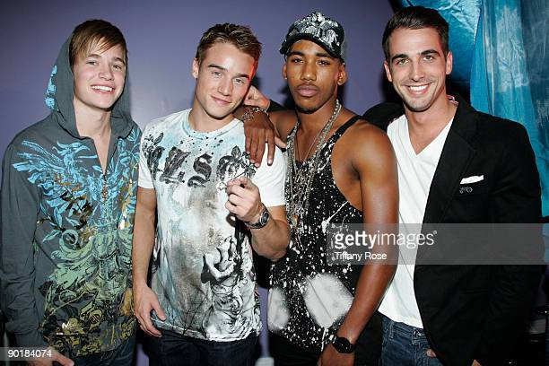"""Drummer Beau Evans, actor Brnado Eaton, actor Brandon Smith and Rory Cooke attend Zoey Myers """"Love Me Or Hate ME"""" Video Shoot on August 29, 2009 in..."""