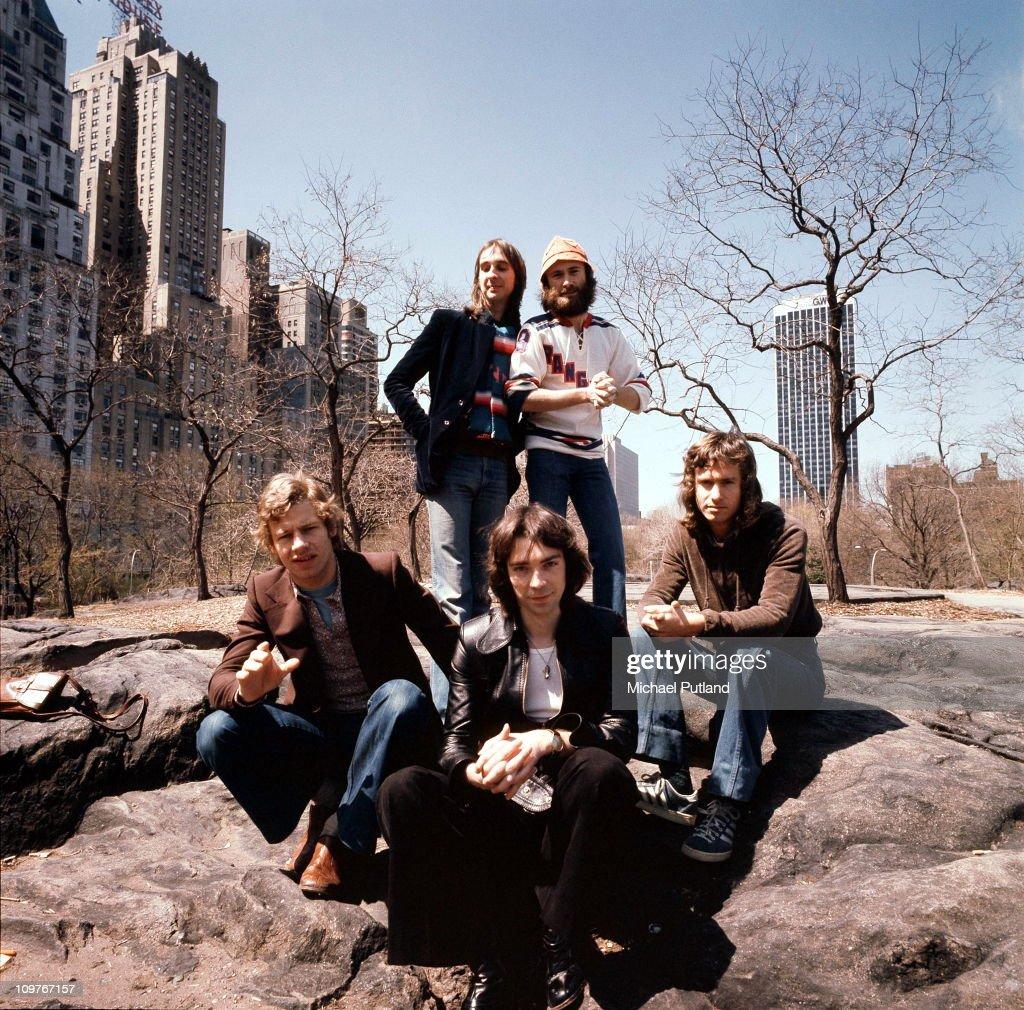 Genesis In New York : News Photo