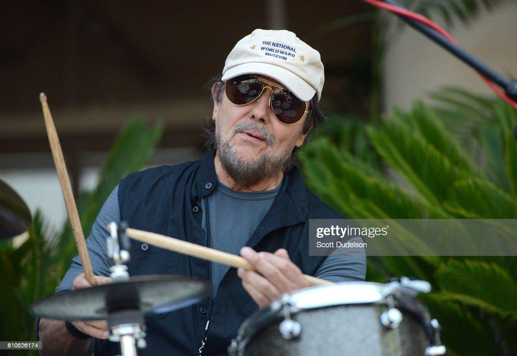 Ringo Starr 'Peace & Love' Birthday Celebration : News Photo