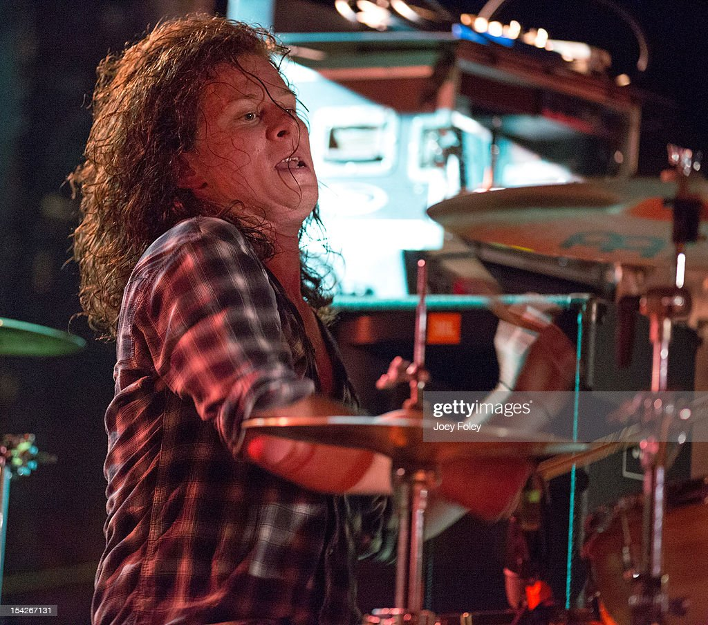 The Early November And Cartel In Concert - Indianapolis, IN : News Photo