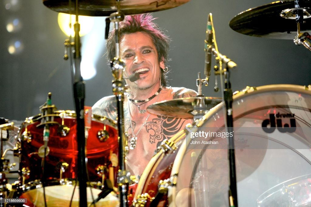 Tommy Lee Performing In Concert With The Rock Star Supernova : News Photo