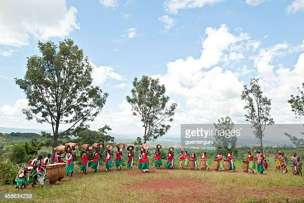 drummers and dancers of gitega in burundi, africa - burundi east africa stock pictures, royalty-free photos & images