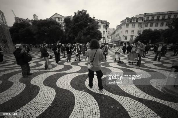 ドラマー・イン・リスボン - ロッシオ広場 ストックフォトと画像