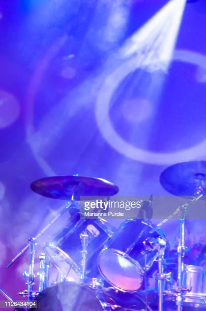 drums set up on stage - musical equipment stock pictures, royalty-free photos & images