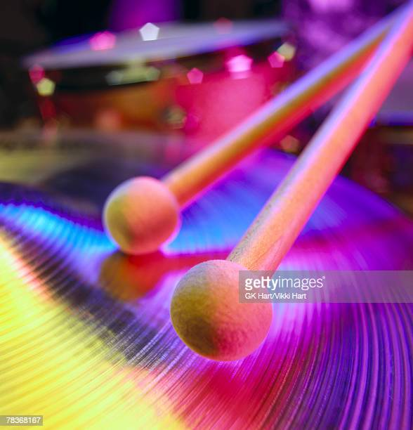 drumsticks with cymbals - percussion mallet stock pictures, royalty-free photos & images
