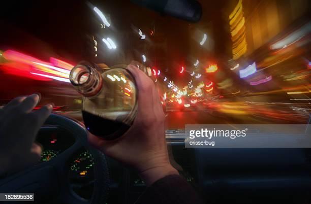 borracho destornillador - alcoholismo fotografías e imágenes de stock