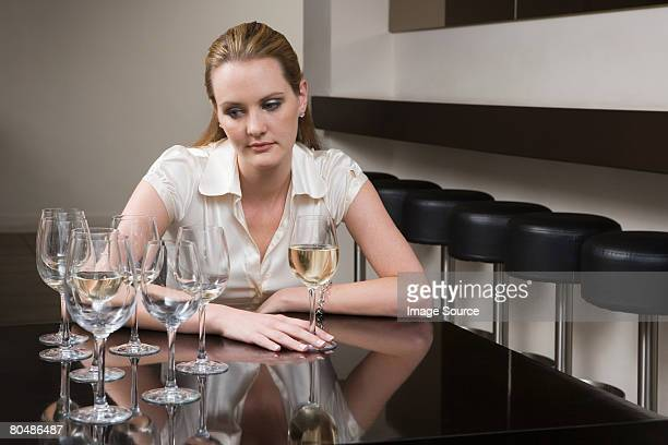drunken woman in a bar - drunk woman stock pictures, royalty-free photos & images