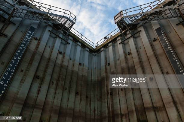 dry dock wall with corrugated steel - west indies stock pictures, royalty-free photos & images