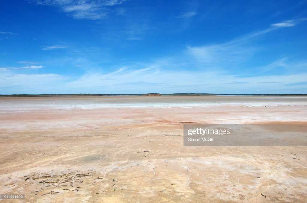 Dry Salt Lake Bed Across From The Mount Conner Lookout Rest Area Off The Lasseter Highway Petermann Northern Territory Australia High Res Stock Photo Getty Images