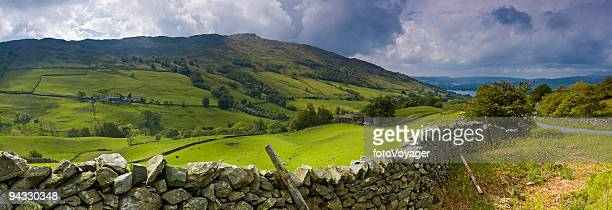 Dry stone wall and mountain farm