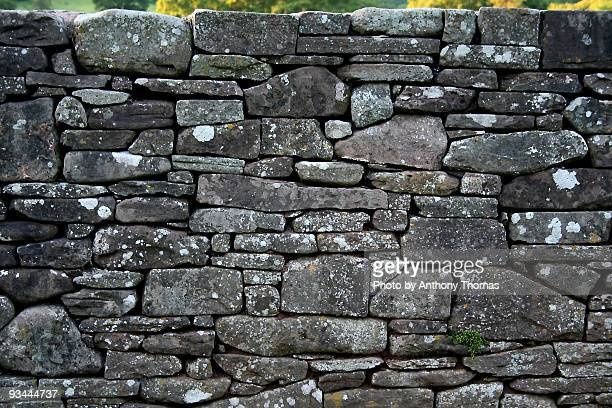 dry stone wall - stone wall stock pictures, royalty-free photos & images