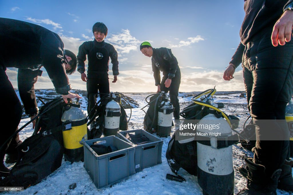 A Dry Suit Scuba Dive Certification Course With Diveis In Iceland