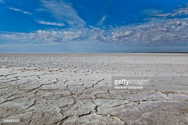 Dry surface of Lake Eyre