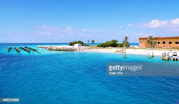 dry tortugas dock - dry tortugas stock pictures, royalty-free photos & images