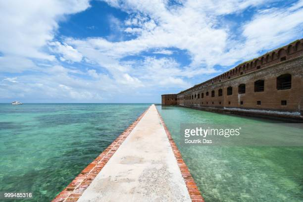dry tortugas national park - dry tortugas stock pictures, royalty-free photos & images