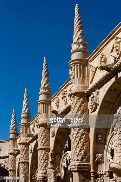 Détail d'architecture du cloître du monastère des Hiéronymites de l'Ordre de SaintJérôme de style manuélin témoignage monumental de la richesse des...
