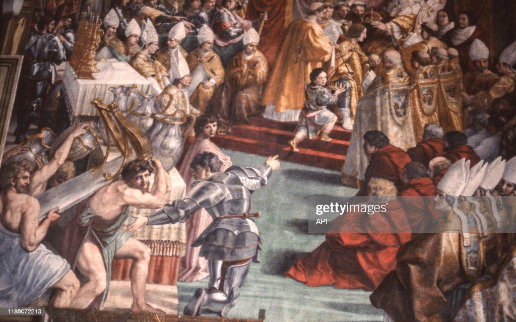 Detail De La Peinture Le Couronnement De Charlemagne De Raphael News Photo Getty Images